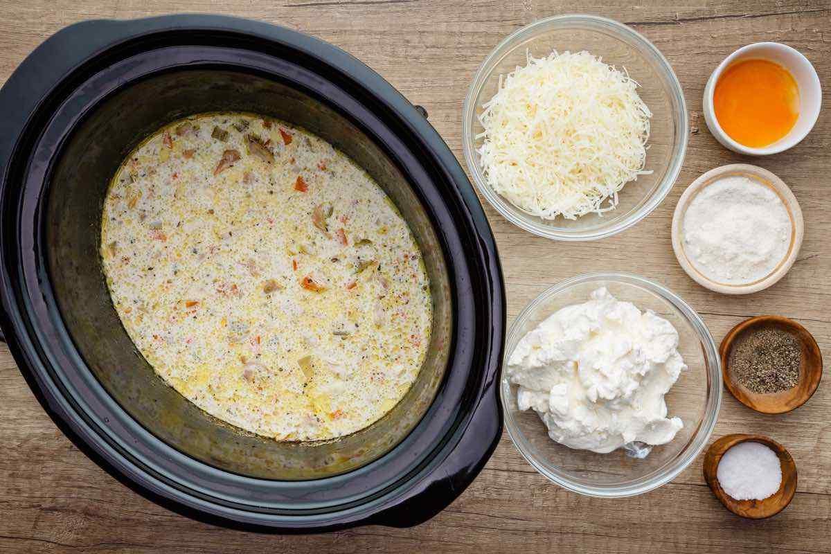 Crockpot Keto Chicken and Dumplings