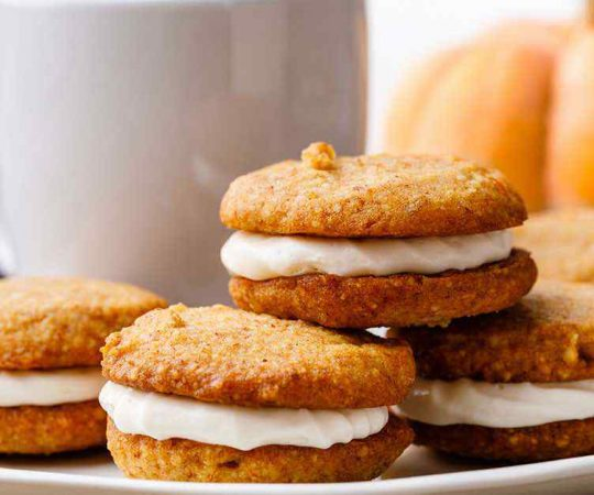 Keto Pumpkin Cookie Sandwiches