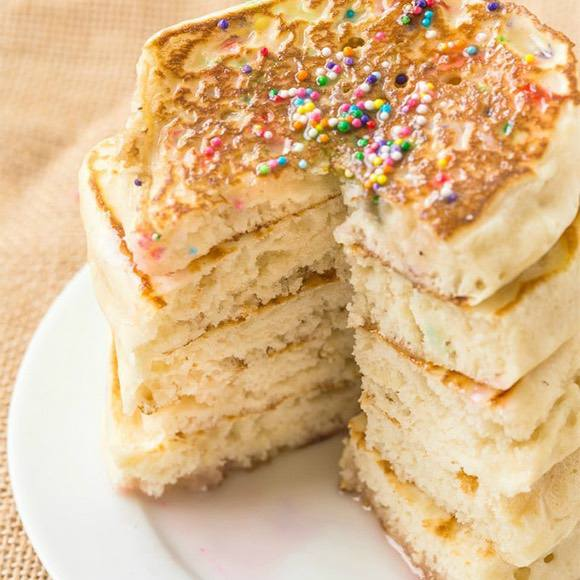 Fluffy Keto Pancakes (Paleo, Vegan)