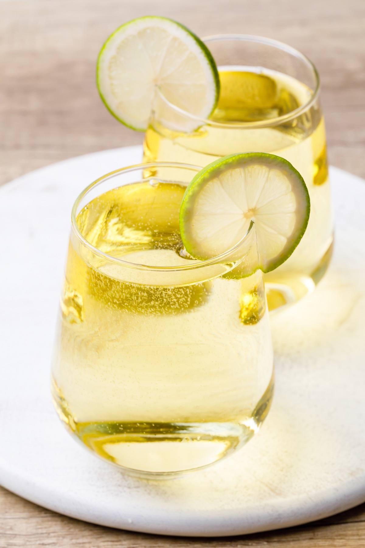 Keto White Wine Spritzer