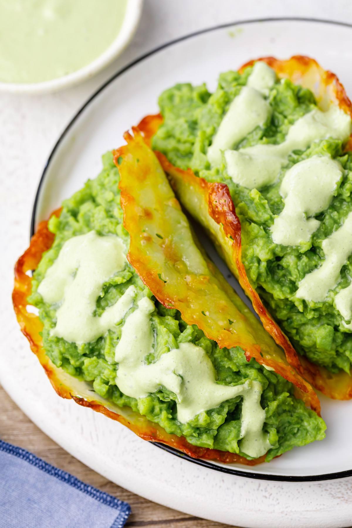 Keto Avocado Taco With Cheese Shell