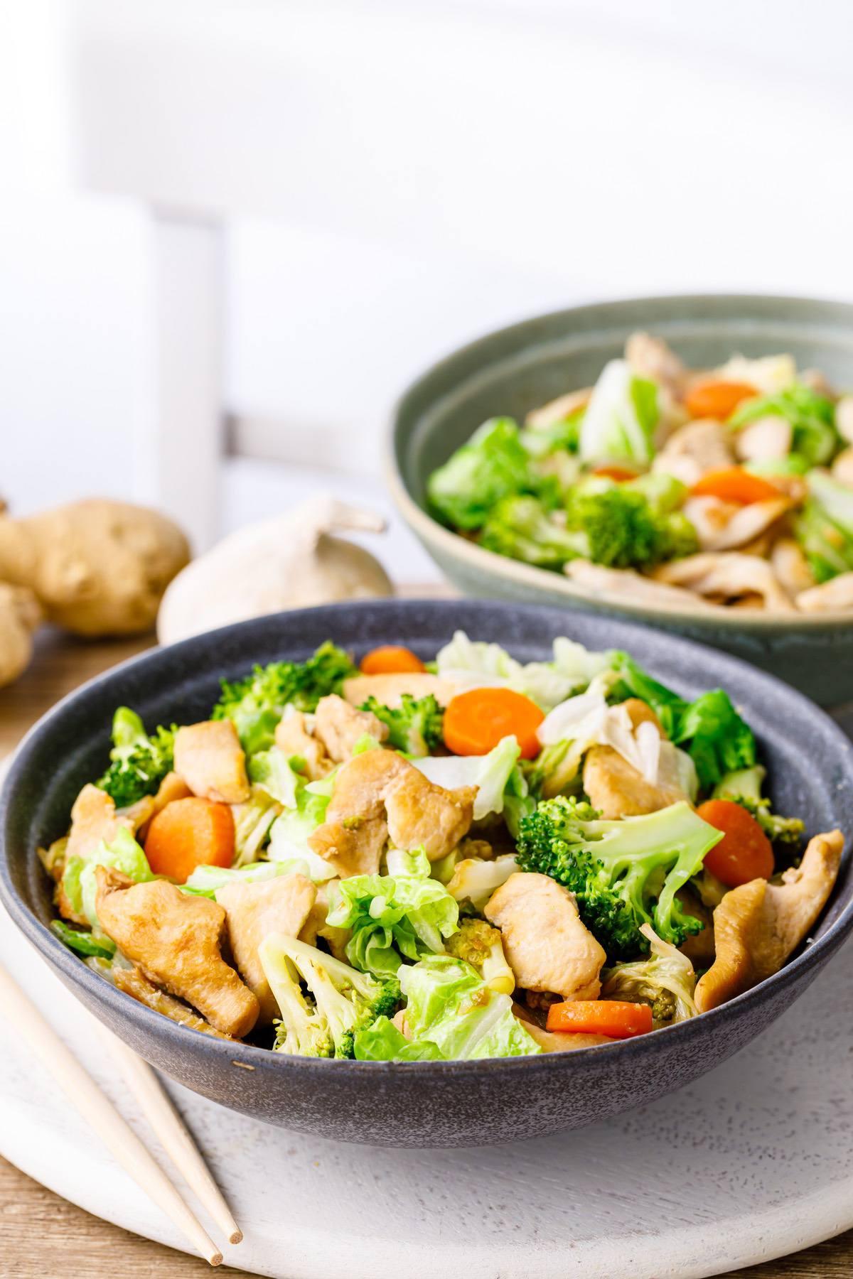 Keto Chicken Cabbage Stir Fry