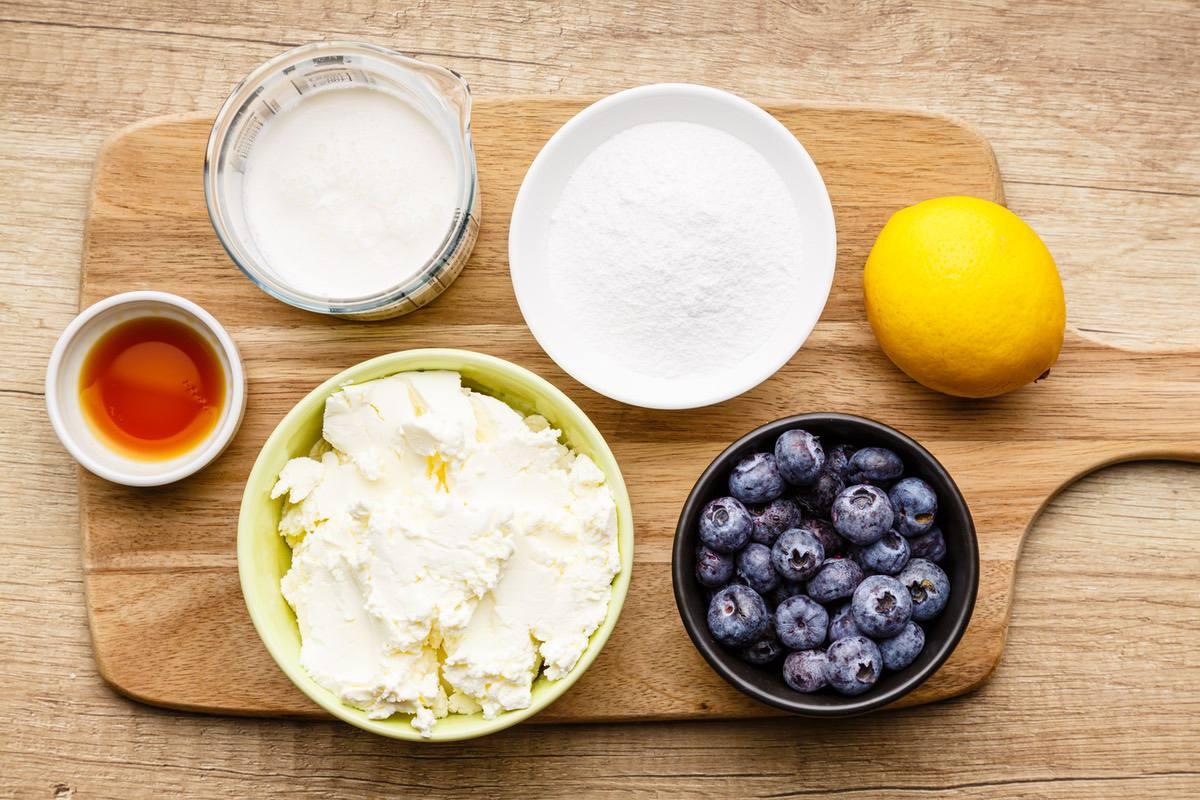 Lemon Blueberry Keto Cheesecake Fluff