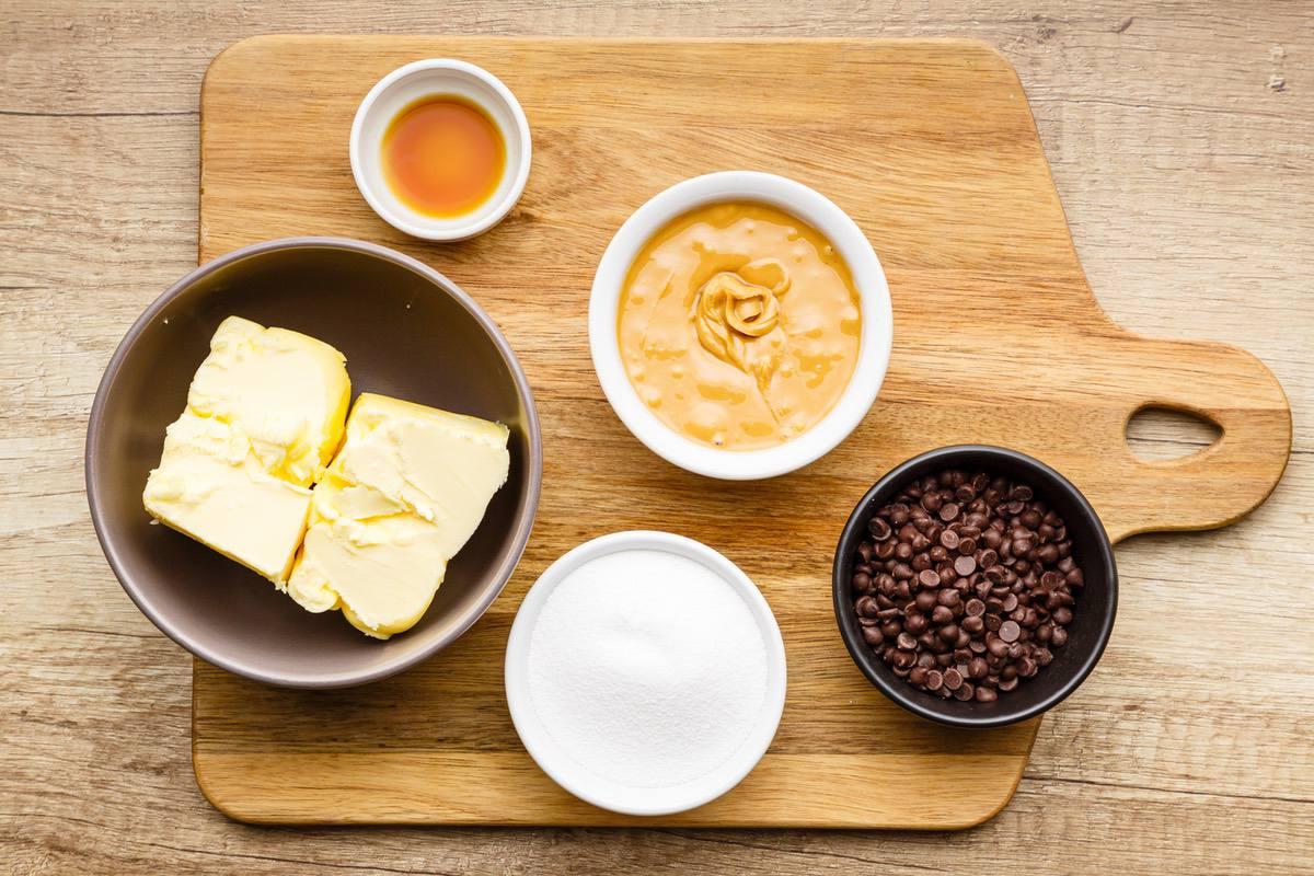 Keto Butterscotch Chocolate Chip Fudge